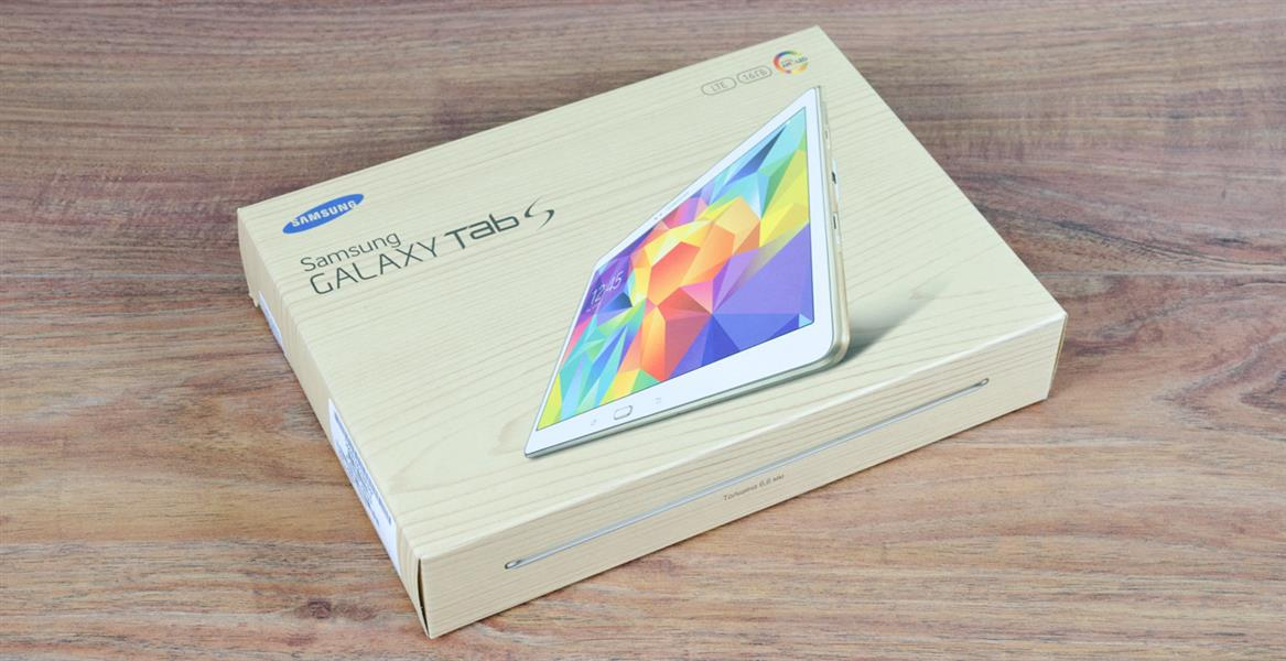 Samsung Galaxy Tab S 10.5, типичная для компании коробка