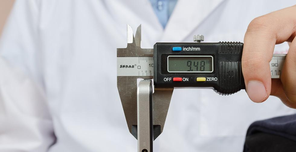 Толщина корпуса дисплея Acer Aspire Switch 10