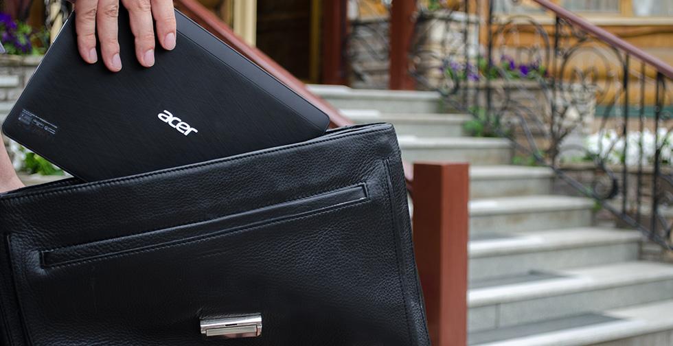 Acer Aspire Switch 10 легко влезет в сумку