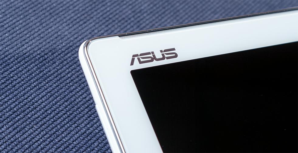 ASUS ZenPad 10 Z300CG - окантовка под металл и длинная полоса динамиков над экраном
